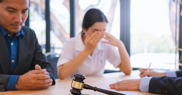 離婚や離別があっても永住ビザは取り消されない
