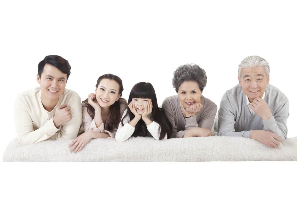 中国人義理の両親と姉夫婦を日本に招いた費用は?