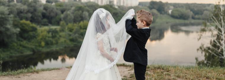 各国ごとに婚姻要件を定める法令があり、婚姻要件は国によって異なる