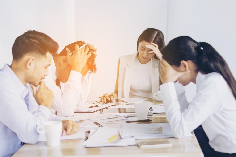 社員がストレスを抱えている