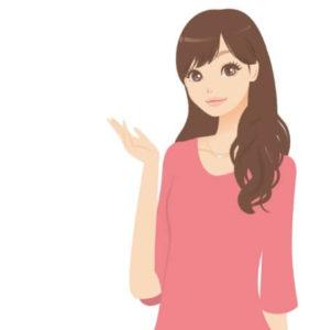 説明する日本人女性