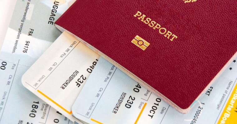 航空券の購入者名と航空会社への登録名義が異なると、マイルはたまらない。通称名でのクレジットカード作成に要注意