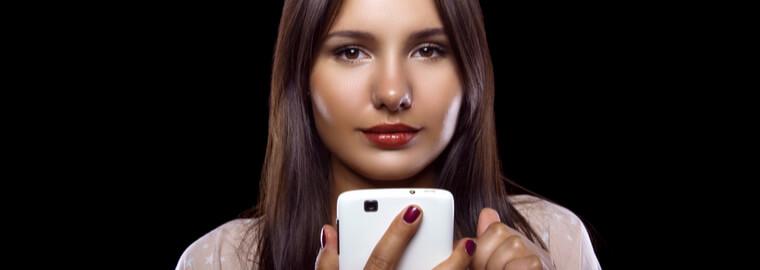 マッチングアプリは、プロフィールを見れば、怪しい外国人以外と付き合える、知り合える、出会える